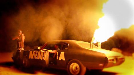 bellflower-movie-mother-medusa-car-flamethrower (1)